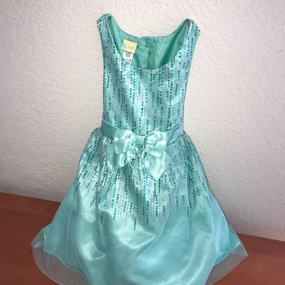Holiday Editions Other - Elegant Gown Girls Dress